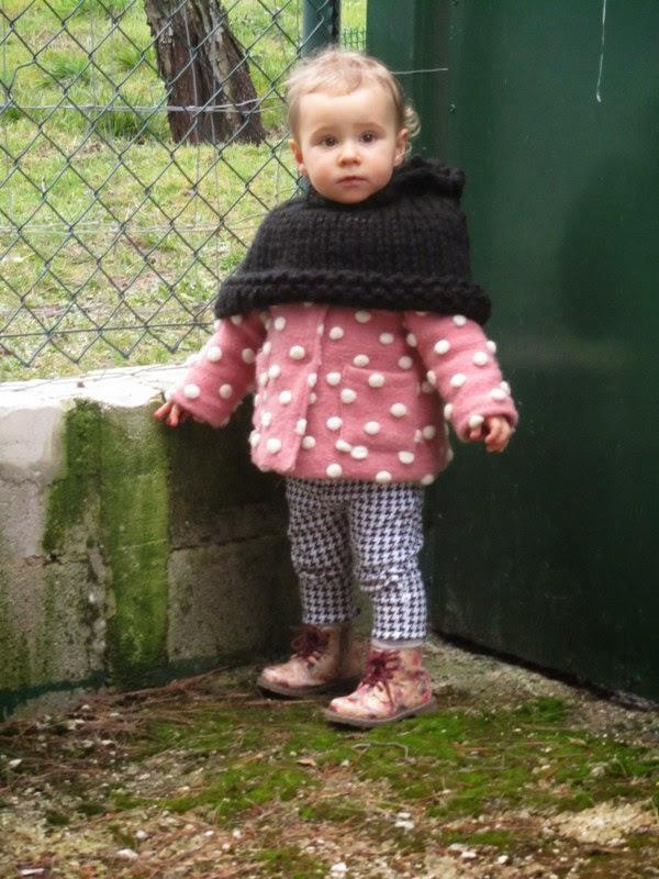 Capa con capucha para niña: patrón gratis. – Encontrando la belleza ...